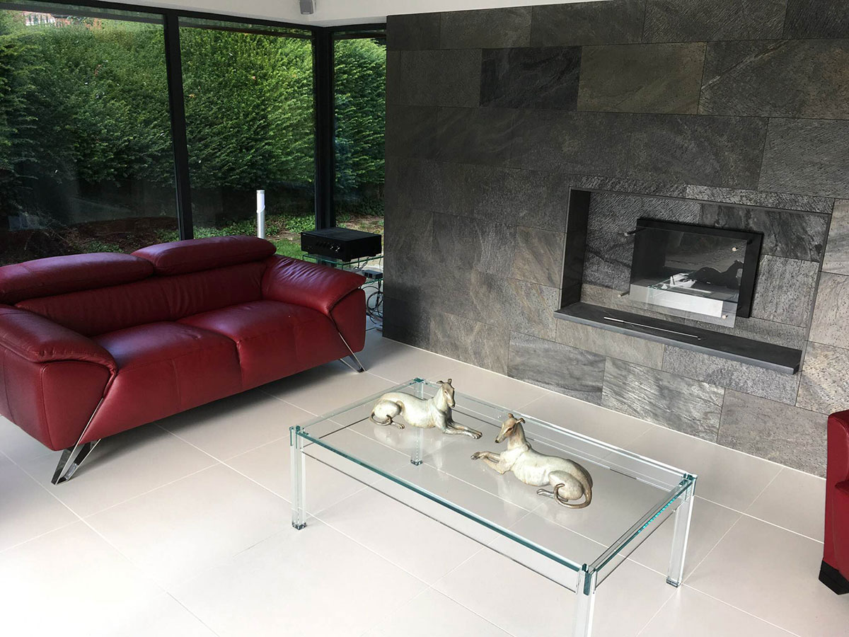 Linc Garden Rooms : Contemporary Rectangular Room Fireplace