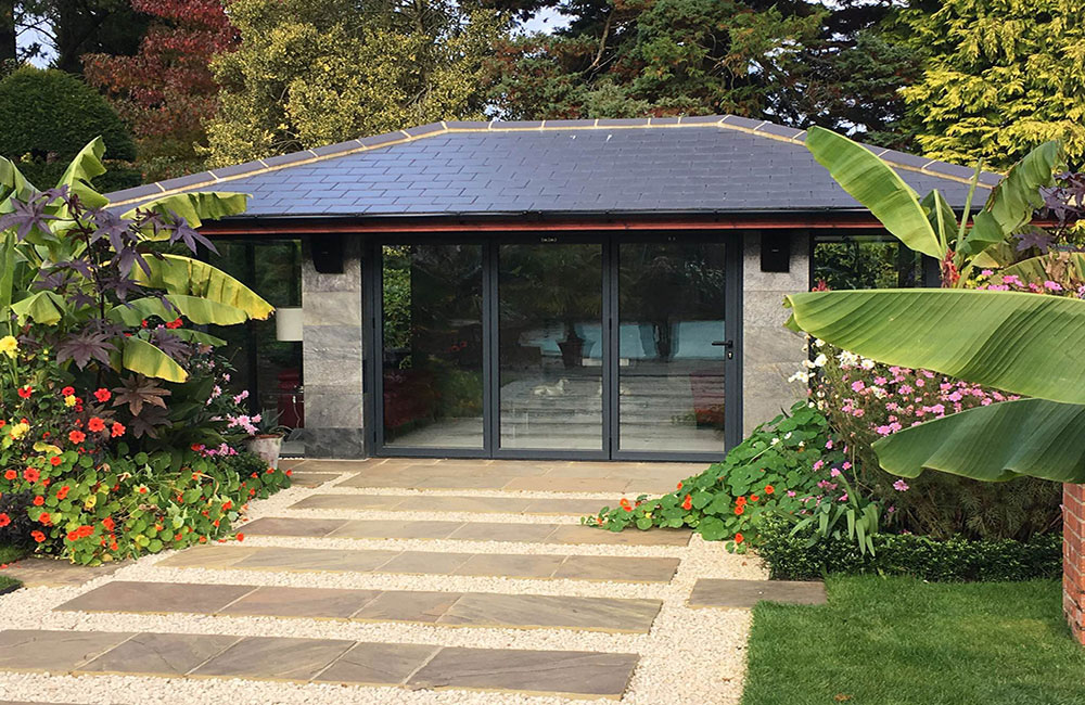 Linc Garden Rooms : Rectangular : Contemporary with landscaping